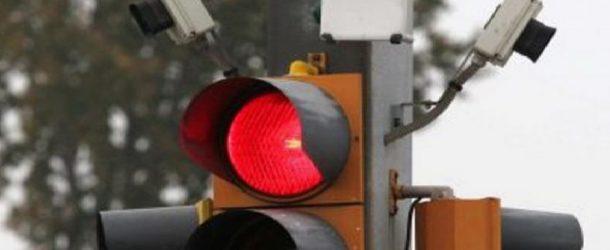 Il semaforo lungo la circonvallazione di Fornacette diventa intelligente !!!