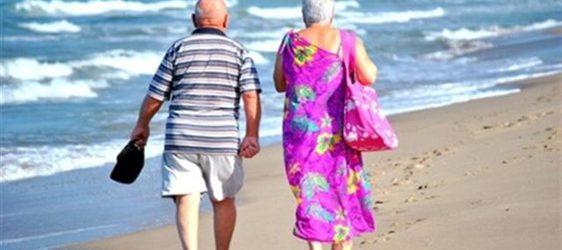 Mare d'argento: anziani al mare con 1 euro