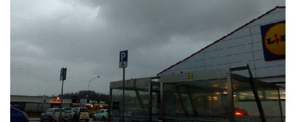 Cielo coperto e pioggia, si va verso un week-end pienamente invernale