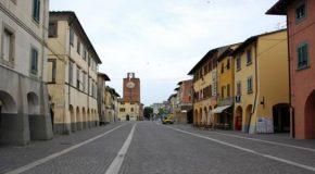 La lettera anonima che accusa la sindaca Ceccardi di abuso edilizio e l'imbarazzo del comune di Cascina: cosa c'è di vero.