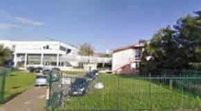 Scarsissima igiene al liceo scientifico di Pontedera: larve sui registri e sui pavimenti !