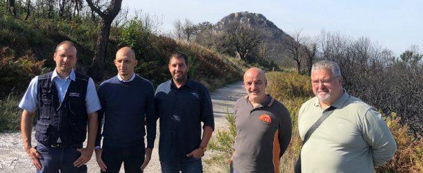 Squadre di operai forestali della Regione Toscana ancora al lavoro per ultimare gli interventi di messa in sicurezza del Monte