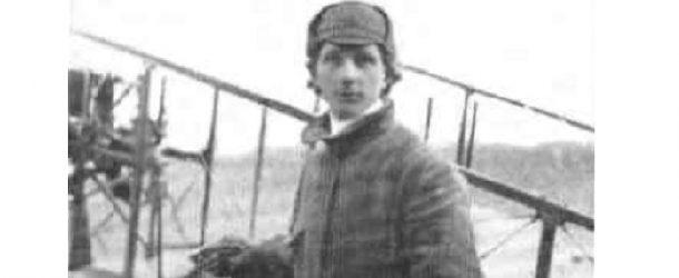 Una corona per ricordare i 130 anni dalla nascita di Giuseppe Cei, il primo aviatore toscano