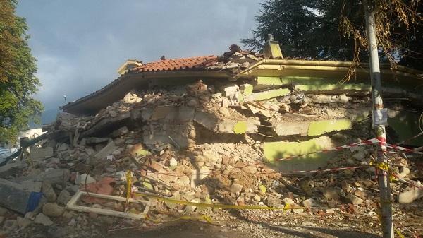una foto della devastazione