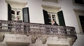 """""""USCIO APERTO, GUARDA CASA"""". BUTI CELEBRA IN PIAZZA LA """"FESTA DELLA TOSCANA""""."""