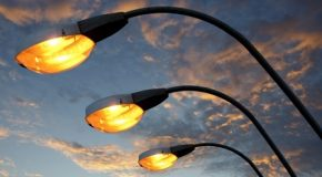 GUASTI ALLA RETE ELETTRICA PUBBLICA ? UN LAMPIONE NON FUNZIONA ?