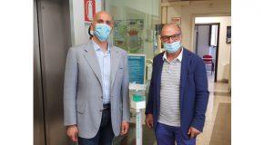 L'azienda Metaform di Pontedera dona un innovativo distributore di gel igienizzante al Comune