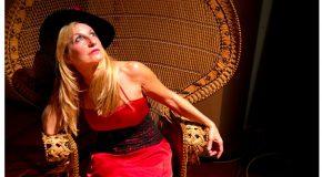 STRAMILLY  – Memorie di una diva Di e con Adelaide Vitolo – Regia di Andrea Kaemmerle