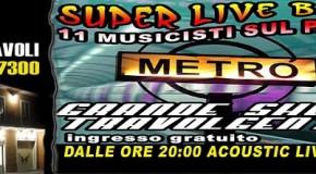 """ESIBIZIONE LIVE DEI """"METRO'"""" – BAND SENSAZIONALE CON BEN 11 MUSICISTI IMPEGNATI SUL PALCO"""